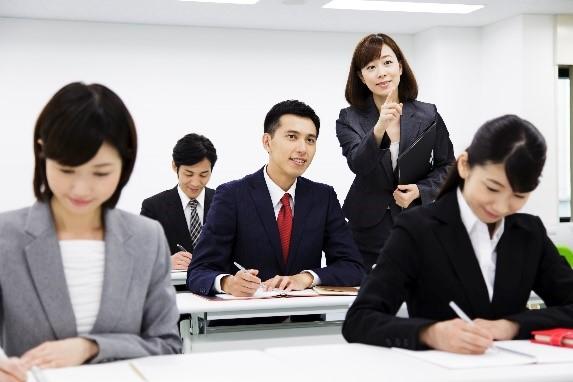 【出展受付】外国人材向け企業説明会<教育・学習支援業界>(8/4)